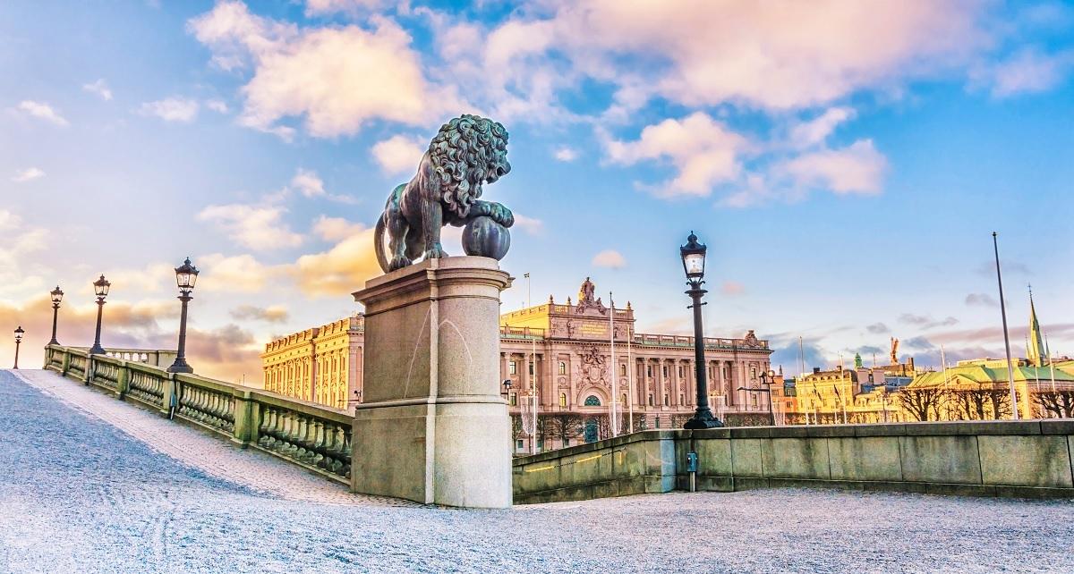 Sculptures lion palace stockholm
